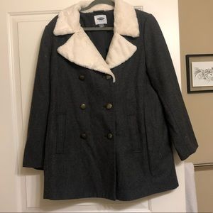 NWOt Old Navy Soft Brushed Peacoat Faux Fur Collar
